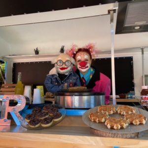 Ciboulette et Oscar dans le food truck
