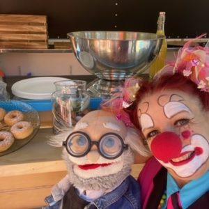 Ciboulette et Oscar devant le food truck